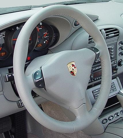 Кнопки управления типтроником на руле