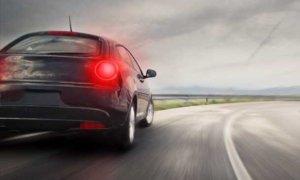 Что такое тормозной путь автомобиля и от чего он зависит